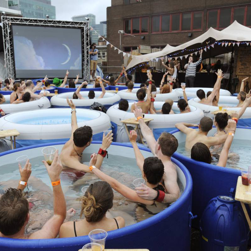 Hot Tub Cinema: una forma diferente de ir al cine...